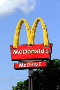 5046393-logo-mcdonalds-against-sky